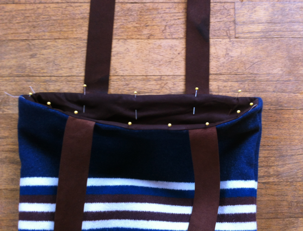 Border Print Wool Tote Tutorial 10