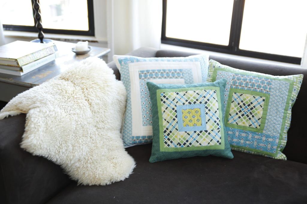 Pillow (2)