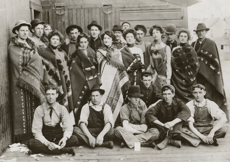 early workers - Pendleton Woolen Mills